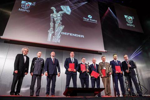Wręczenie nagród Defender na targach MSPO Kielce 2020