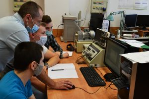 Laboratorium techniki mikroprocesorowej wenergoelektronice.