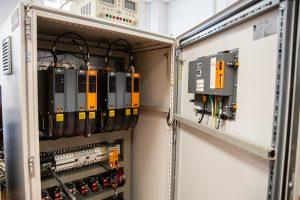 Laboratorium na Wydziale Elektrycznym PB (8), fot. Gabriela Kościuk