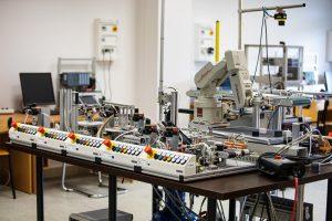 Laboratorium na Wydziale Elektrycznym PB (4), fot. Gabriela Kościuk